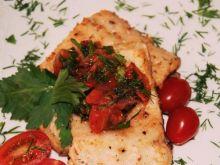 Pstrąg z duszonymi pomidorkami :