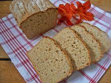 Pszenno-owsiany chleb z cebulą