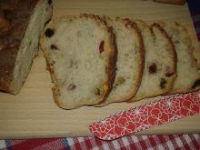 Pszenny chlebek na miodzie z bakaliami