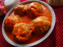 Pulpeciki w sosie pomidorowo-marchewkowym
