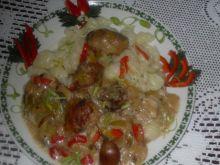 Pulpeciki w sosie porowo-grzybowo-papryk