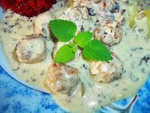 Pulpeciki w sosie serowo-pieczarkowym