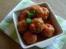 Pulpeciki z pomidorami na kaszy mannie