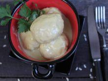 Pulpety rybne w sosie porowo- serowym