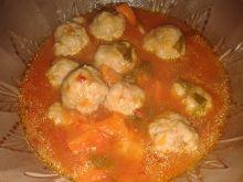 Pulpety w pomidorowym sosie