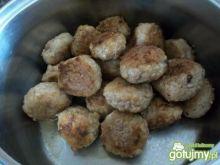 pulpety w sosie szczawiowym