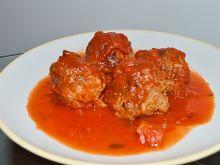 Pulpety z papryką z sosie pomidorowym