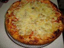 puszysta domowa pizza
