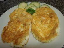Puszysty omlet serowy