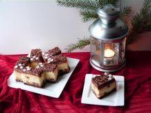 Puszysty sernik z czekoladową pianką
