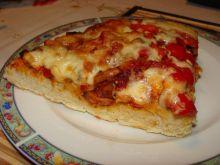 Pyszna pizza domowa