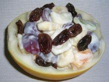 Pyszna sałatka owocowa