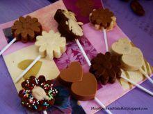 Pyszne czekoladowe  lizaczki