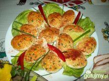 Pyszne jajka nadziewane łososiem pyszna
