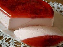 Pyszny serniczek truskawkowy