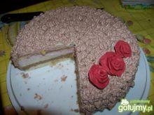 Pyszny torcik z pianką truskawkową :))))