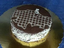 Pyszny tort orzechowy