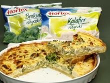 Quiche z brokułem, kalafiorem i serem pleśniowym