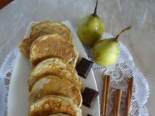 Racuszki gruszkowe nadziewane czekoladą