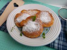 Racuszki z jabłkiem, kaszą manną i mąką krupczatką
