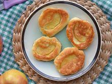 Racuszki z tartymi jabłkami