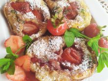 Racuszki z truskawkami i miętą