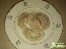 Razowe pierogi z mięsem i serem