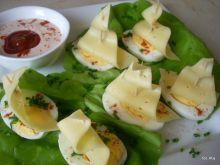 Regaty na liściach sałaty
