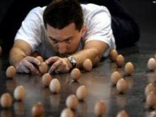 Rekord w ustawianiu jaj pionowo