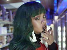 Rihanna w sklepie spożywczym