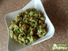 Risotto z brokułem i kurczakiem
