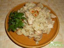 Risotto z kurczakiem i pieczarkami