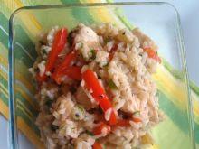 Risotto z kurczakiem, papryką i cebulką