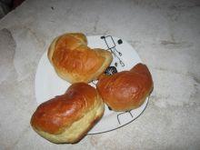 Rogale drożdżowe z serem