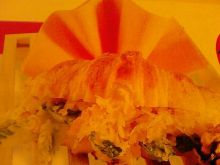 Rogaliki z serem i orzechami