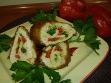 Rolada drobiowa z papryką,cebulką i mozzarellą