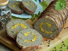Rolada pieczeniowa z wołowiny otulona boczkiem