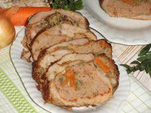 Rolada wieprzowo-indycza z marchewką i pieczarkami