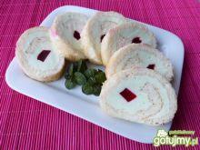 Rolada z białek z serem twarogowym
