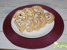 Rolada z dżemem i kremem waniliowym