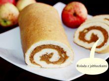Rolada z jabłkami i cynamonem