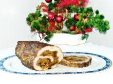 Rolada z karkówki z grzybami i kapustą