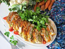 Rolada z kurczaka z serowo – warzywnym środkiem