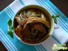 Rolada z pesto, oliwkami i dwoma serami