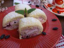 Rolada z serkiem mascarpone i jagodami