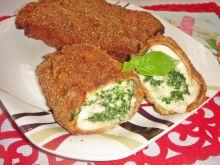 Roladki drobiowe ze szpinakiem i mozzarellą