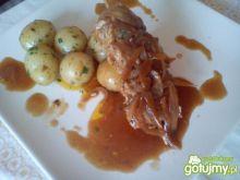 Roladki mięsne z młodymi ziemniakami