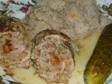 Roladki wieprzowe z mięsem i pomidorami suszonymi