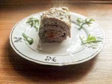 Roladki wołowe z szynką serrano i papryką