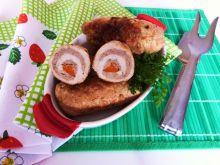 Roladki z gotowanym mięsem i marchewką